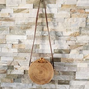 Handbags - Round Wicker handbag
